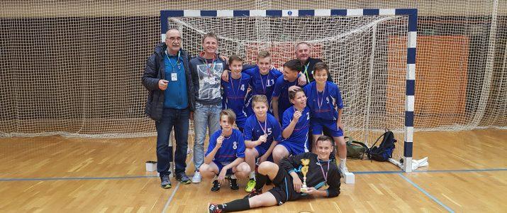 Učenci OŠ Franja Goloba Prevalje osvojili3. MESTO nafinalnem turnirju OŠ v malem NOGOMETU.