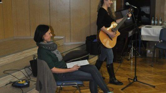 Karin Potočnik s svojim prvencem Lanica# purica #dogodivščine